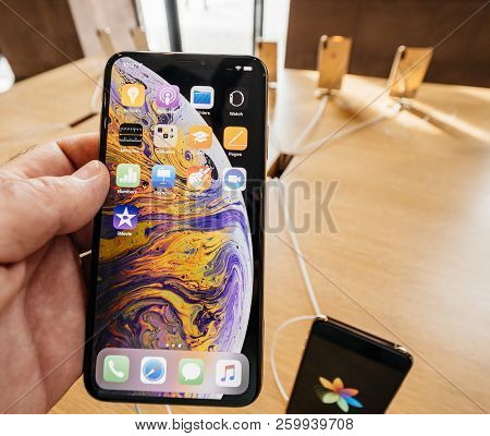 Strasbourg, France - Sep 21, 2018: Pov At New Smartphone In Apple Store With Customers People Buying