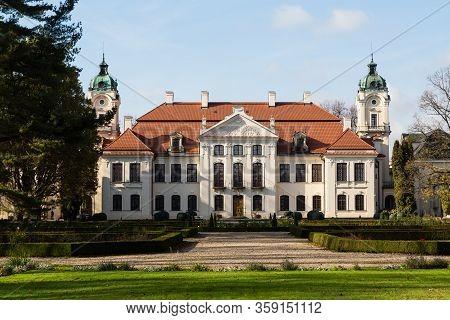 Kozlowka, Poland - October 31, 2019: Zamoyski Palace In Kozlowka. Rococo And Neoclassical Palace Com