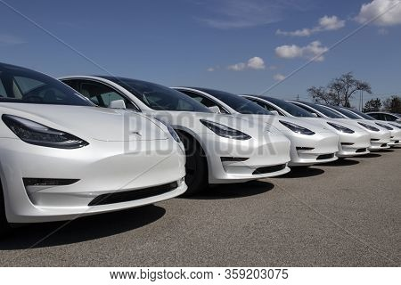 Indianapolis - Circa April 2020: Tesla Electric Vehicles Awaiting Preparation For Sale. Tesla Ev Mod