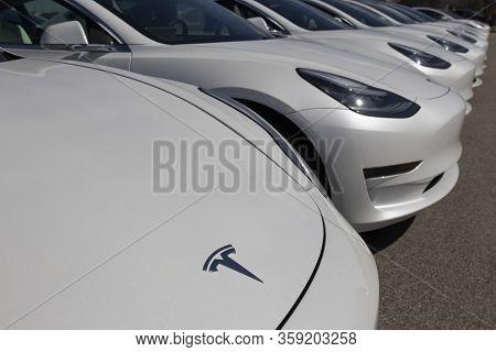 Indianapolis - Circa April 2020: Tesla Electric Vehicles Awaiting Preparation For Sale. Tesla Ev Mod