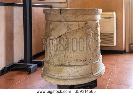Verona, Italy - September 26, 2015 : Fragments Of A Decoratively Decorated Stone Column At An Exhibi