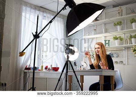 Beauty Blogger Woman Filming Daily Make-up Routine Tutorial On Camera. Influencer Blonde Girl Live S