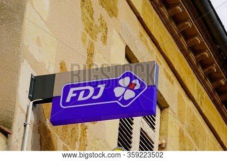 Bordeaux , Aquitaine / France - 10 23 2019 : French Sign Shop Francaise Des Jeux Fdj In Building Sto