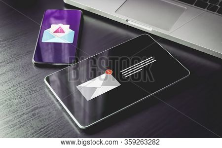 Malware Spreading Virus, Spam Distribution - Smartphone And Tablet Pc With Mail Notification Alert A
