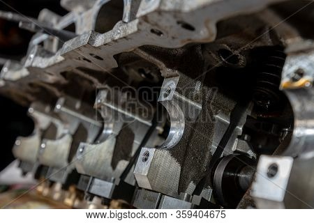 Defect Of Cylinder Head After Oil Starvation