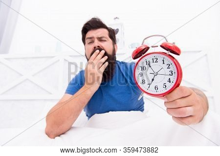 Wake Up Early Every Morning. Health Benefits Of Rising Early. Waking Up Early Gives More Time To Pre