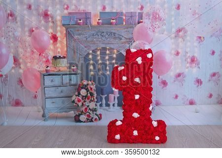 Decor First Birthday. The Number 1 In The Form Of A Pinata. Red 1St Birthday Pinata . Interior Decor