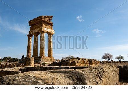 Wide-angle Shot Of Tempio Di Castore E Polluce In Valley Of The Temples (valle Dei Templi) Near Agri