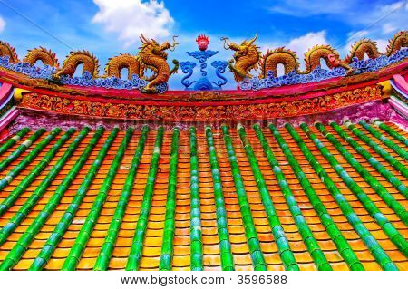 Attraction Ayudhaya-The Dragon Roof