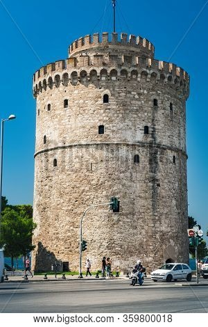 Thessaloniki, Greece - September 14, 2017: Street View Of White Tower Or Lefkos Pyrgos In Thessaloni