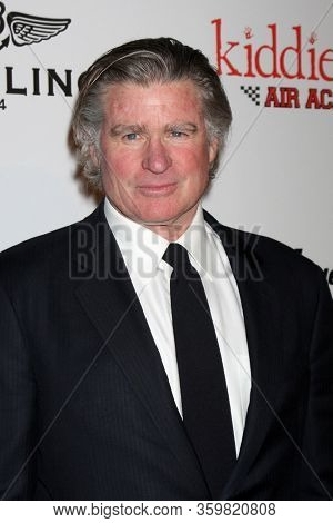 LOS ANGELES - JAN 20:  Treat Williams at the 9th Annual Living Legends of Aviation Awards at the Beverly Hilton Hotel on January 20, 2012 in Beverly Hills, CA12