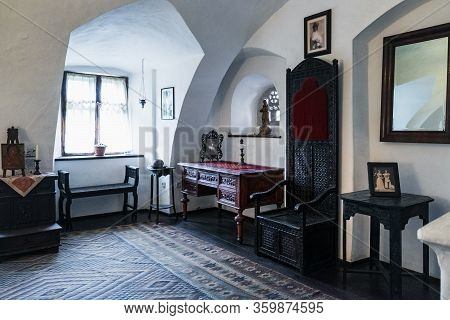 Bran, Romania - September 7, 2017: One Of Bed Rooms In Bran Or Dracula Castle In Transylvania, Roman