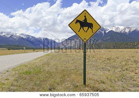 Horseback crossing sign