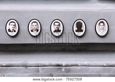 Regime Victims