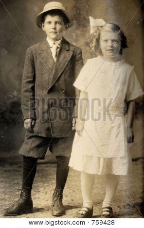 Vintage Children 1908