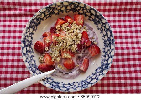 Yogurt With Berries