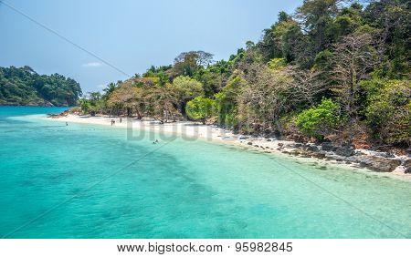white beach of the Koh Rang Isle of Ko Rang National Park, Koh Chang, Thailand