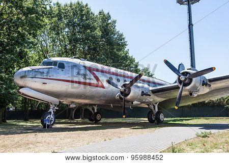 Raisin Bomber At The Airlift Memorial