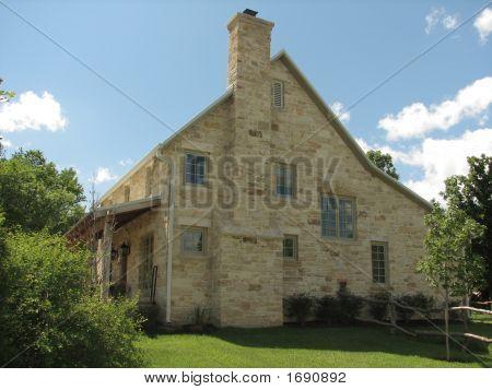Late 1800'S Kansas Limestone Home
