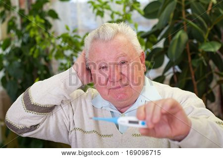 Picture of an elderly man having high temperature