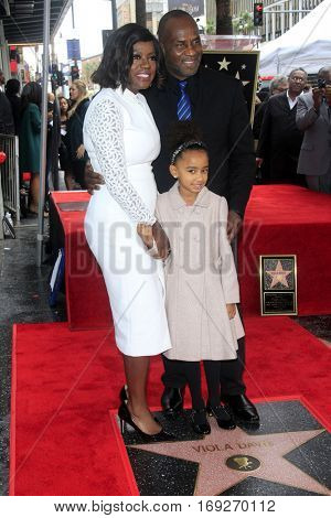 LOS ANGELES - JAN 5:  Viola Davis, Gensis Tennon, Julius Tennon at the Viola Davis Star Ceremony at Hollywood Walk of Fame on January 5, 2017 in Los Angeles, CA