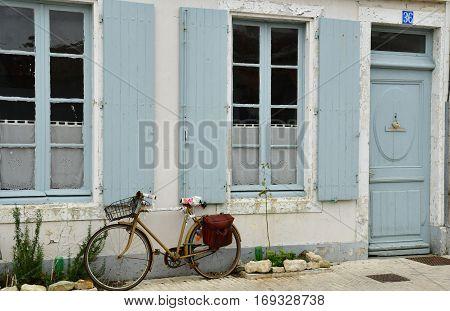 Ars en Re France - september 26 2016 : the picturesque village in autumn
