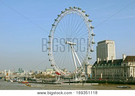 LONDON - FEBRUARY 18 : View of The London Eye on August 18, 2012 in London, England.
