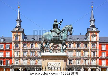 Statue of King Philips III on Plaza Mayor in Madrid, Spain