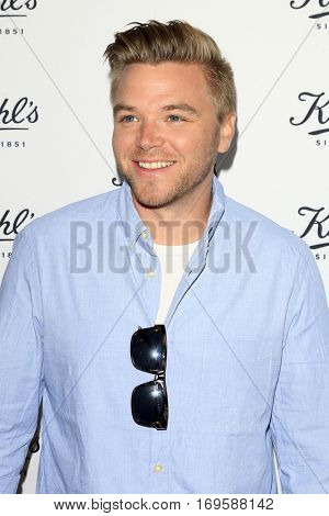 LOS ANGELES - SEP 22:  Brett Davern at the Kiehl's LifeRide for Ovarian Cancer Research at Kiehl's Store  on September 22, 2016 in Santa Monica, CA