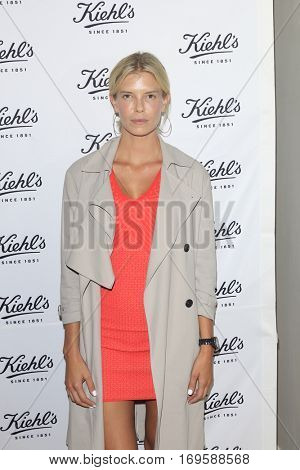 LOS ANGELES - SEP 22:  Nikki Sharp at the Kiehl's LifeRide for Ovarian Cancer Research at Kiehl's Store  on September 22, 2016 in Santa Monica, CA