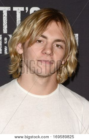 LOS ANGELES - SEP 30:  Ross Lynch at the 2016 Knott's Scary Farm at Knott's Berry Farm on September 30, 2016 in Buena Park, CA