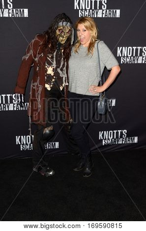 LOS ANGELES - SEP 30:  Jodie Sweetin at the 2016 Knott's Scary Farm at Knott's Berry Farm on September 30, 2016 in Buena Park, CA