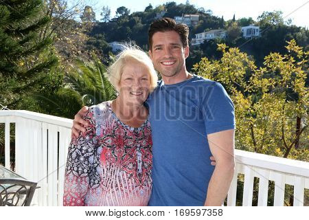 LOS ANGELES - DEC 4:  Scott Bailey, mother at the Amelie Bailey's 1st Birthday Party at Private Residence on December 4, 2016 in Studio CIty, CA
