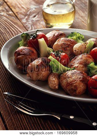 Fried Rolls Of Turkey With Broccoli.