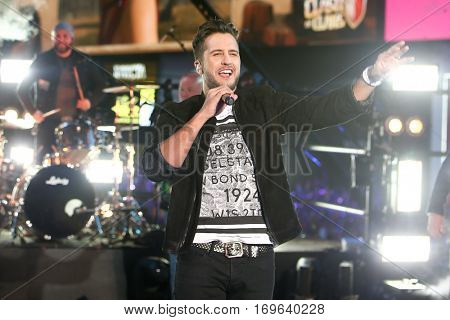 NEW YORK-DEC 31: Recording artist Luke Bryan performs during Dick Clark's New Year's Rockin' Eve at Times Square on December 31, 2015 in New York City.