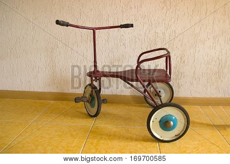 Baby Bicycle with 3 wheel. Vitnage metal Tri-cycle toy. Baby riding cart with pedals.