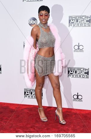LOS ANGELES - NOV 20:  Keke Palmer arrives to the American Music Awards 2016 on November 20, 2016 in Hollywood, CA