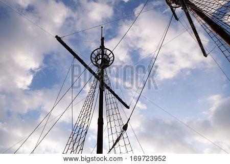 DUBROVNIK, CROATIA - NOVEMBER 30: Mast of motor sailboat Karaka in port of Dubrovnik, Croatia. Replica of 16th c. sailing vessel karaka type, provides cruises around Dubrovnik, November 30, 2015.