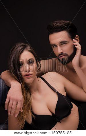 Couple Head Face Shoulders Bra Closeup Intimate Posing