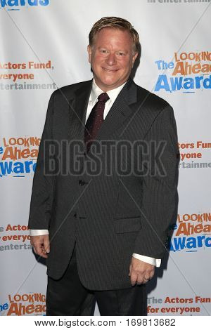 LOS ANGELES - DEC 6:  Eric Scott at the The Actors Fund's Looking Ahead Awards  at Taglyan Complex on December 6, 2016 in Los Angeles, CA