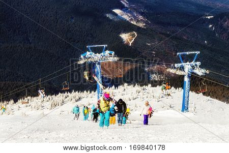 The mountain lift for skiers and snowboarders