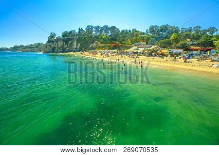 Spectacular Paradise Cove In Malibu, California, United States With Turquoise Waters Seen From Parad