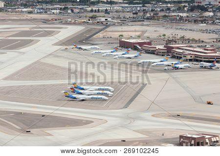 Las Vegas, Usa - April 15, 2014: Allegiant Air Fleet At Las Vegas Mccarran International Airport. Al