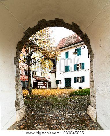 Neunkirch, Sh / Switzerland - November 10, 2018: Historic Village Of Neunkirch In The Klettgau With