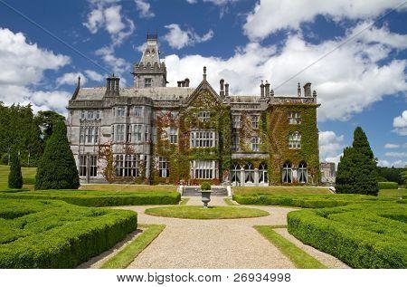 Adare castle hotel and gardens - Ireland
