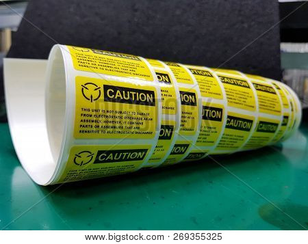 Yellow Caution Label,standard Caution Label With Text