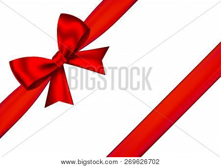 Red Realistic Gift Bow With Horizontal  Ribbon Isolated On White Background. Vector Holiday Design E