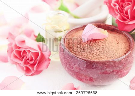 Pink Clay Powder In Bowl For Making Face Mask, Holistic Beauty Treatment And Skin Care, Fresh Rose P