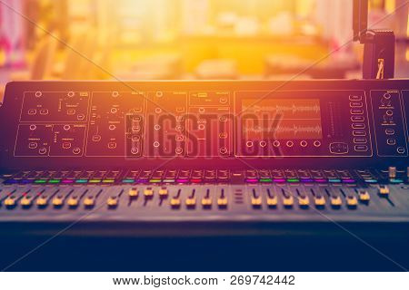 Sound Stage Mixer Music Volume Control During Show Onair