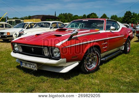 Paaren Im Glien, Germany - May 19, 2018: Muscle Car Ford Mustang Mach 1, 1973. Die Oldtimer Show 201